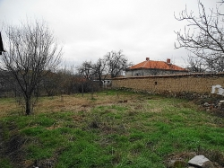 Селски имот с.Жълти бряг